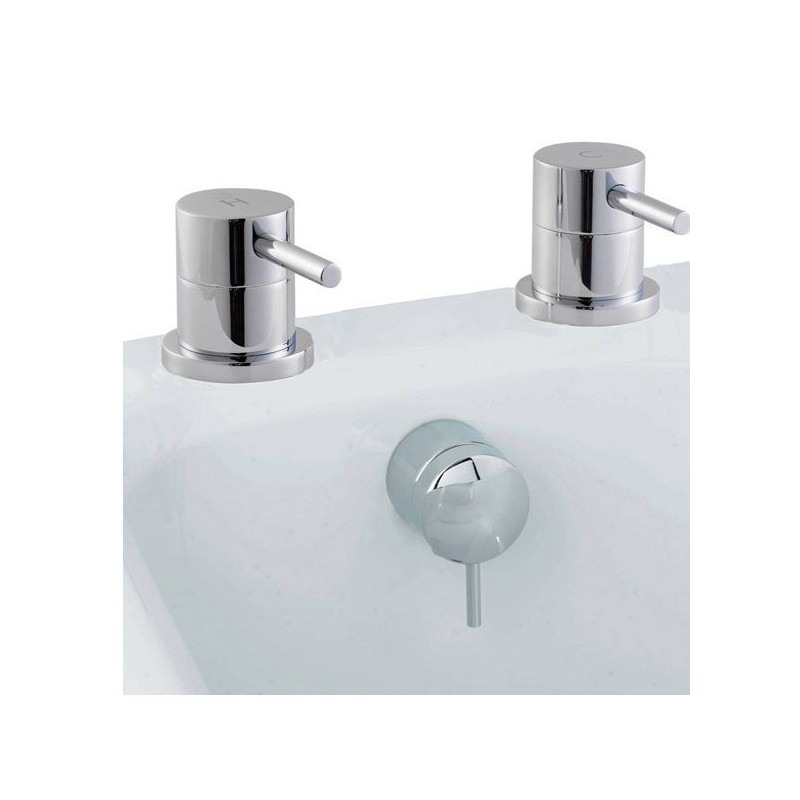 Quest Lever Freeflow Bath Filler & Valves